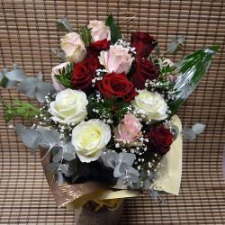 Букет с 13  рози